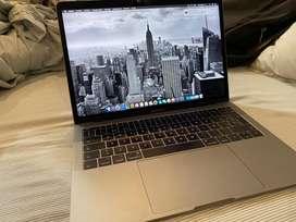 Mac Book Pro 128Gb. 8Ram.