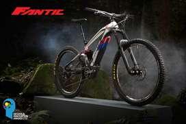 Bicicleta FANTIC F-180 enduro doble suspension asistida ebike motor electrico con sram y rockshox
