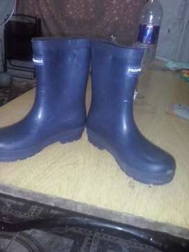 Vendo bota de lluvia