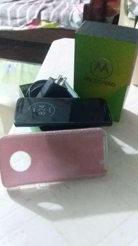 Vendo Motorola g 6 en buen estado con todos sus accesorios