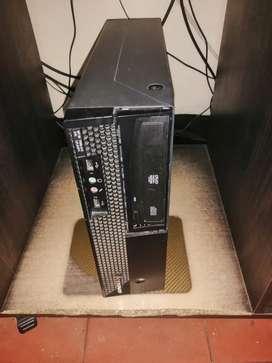 Se vende CPU empresarial en buen estado