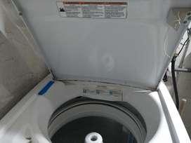 Se Vende Lavadora Whirlpool de 15 Kl