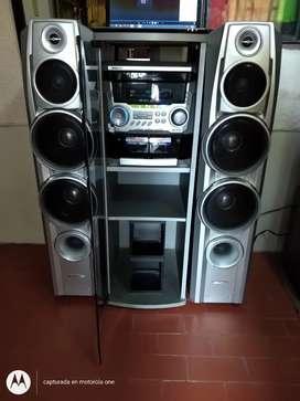 Equipo de sonido Challenger con módulo USB y Bluetooth