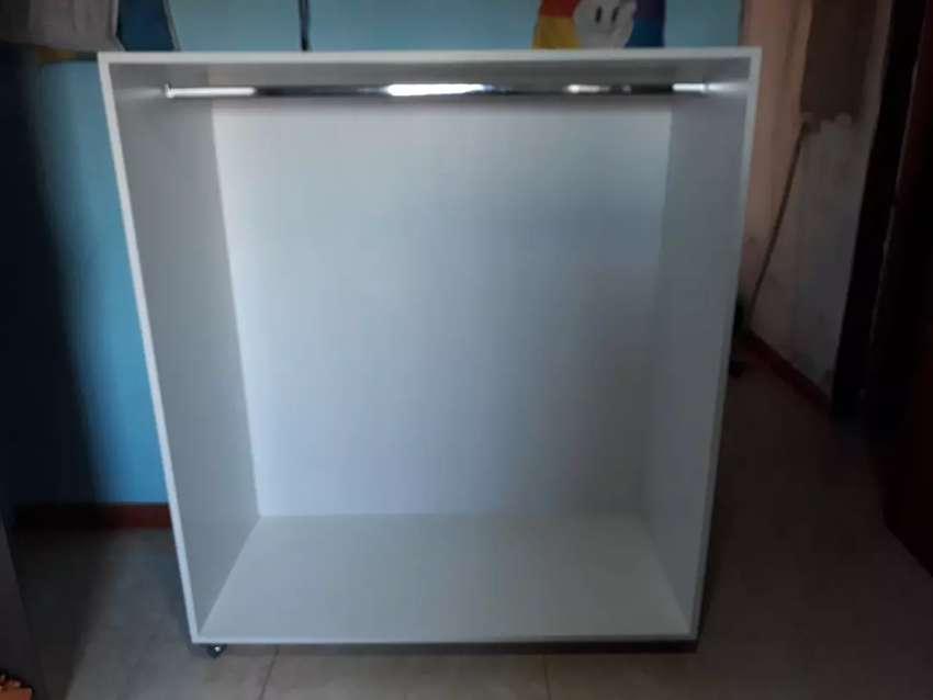Mueble perchero melanina pesada 0