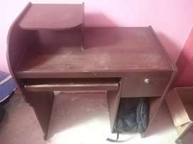 Vendo escritorio para computadora