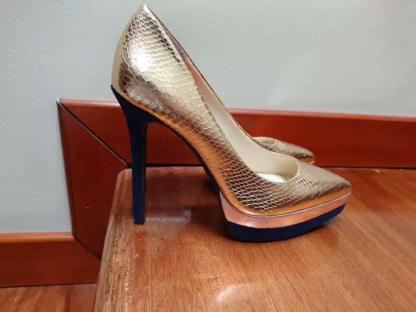 Zapatos de taco para mujer marca JESSICA SIMPSON 45$ 0