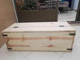 Baul industrial madera y metal terminado a su gusto, almacenaje, puff, mesa TV,