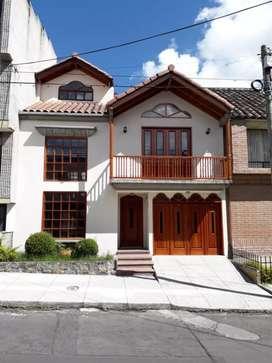 Hermosa Casa - Av. Los Estudiantes