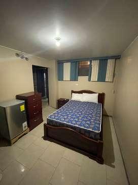 Habitación Full Amoblada Urdesa cerca de C. Comercial Alban Borja, TV, internet, Agua  $250