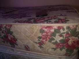 Vendo colchón de goma espuma de alta densidad