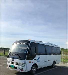 Alquiler con chófer de vehículos para transporte turístico