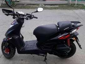 Vendo moto AGILITY RS NAKED modelo 2015
