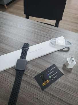 Apple watch serie 3 42 mm nike versión
