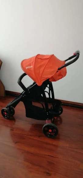 Choche para bebe. Priori color naranja. Precio negociable