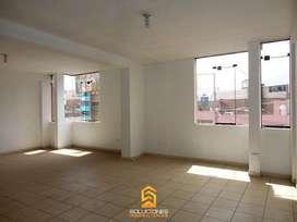 SOLUCIONES INMOBILIARIAS Alquila 01 Oficina de 37 m2 en 3er Piso  Feria del Altiplano  Miraflores