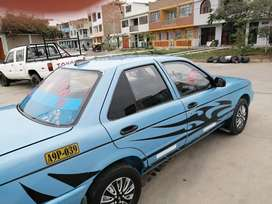 Se vende auto en buen estado
