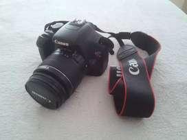 Cámara Réflex Canon Eos Rebel T3 + Lente 18-55 Y 70-300!!!
