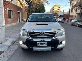 Toyota Hilux SRV 4x4 AUTOMATICA CUERO REC MEN VAL