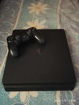 Vendo PS4 slim