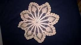 Antigûedad . Carpetitas tejidas al crochet