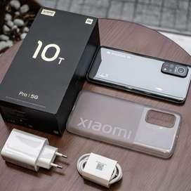Celular Xiaomi Mi 10T Pro 256GB plateado.