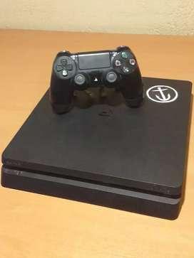 PlayStation 4 Jet Black