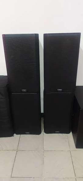 Cabinas QSC K 12 - 2   2000 W  Originales