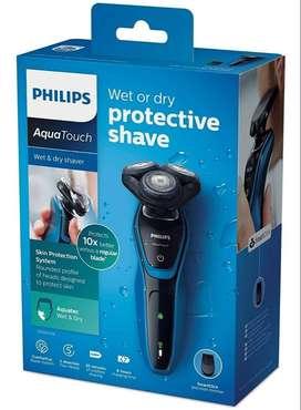 Afeitadora Philips Recargable Aquatouch S5050