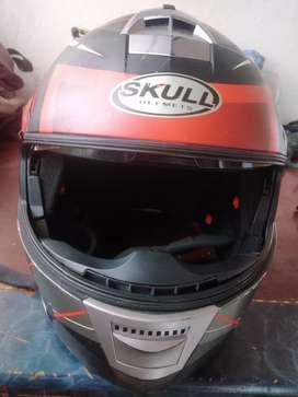 Vendo casco skull barato
