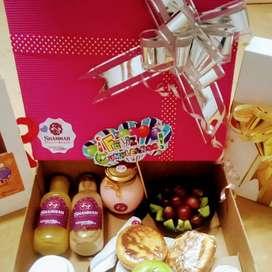 Shammah desayuno sorpresa y regalos
