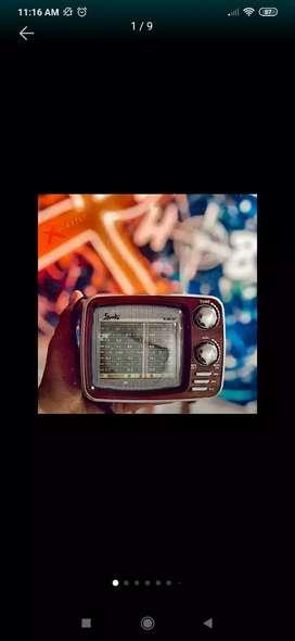 RADIO TIPO RETRO RECARGABLE AM/FM, BLUETOOTH, USB,SD,AUX
