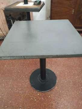 3 mesa de bar de 80x80 con base de hierr