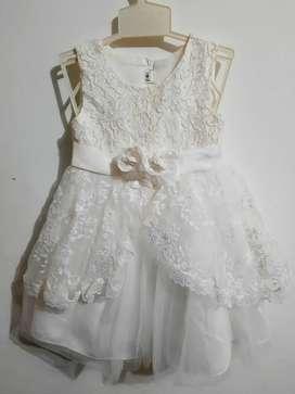 Vestido de niña talla 2