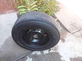 Venta de rueda de auxilio S10 llanta nueva y cubierta usada.
