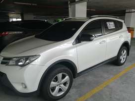 Vendo bella RAV4 2016