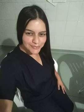 busco empleo de auxiliar de enfermeria para cuidar pacientes en casa o hospitales