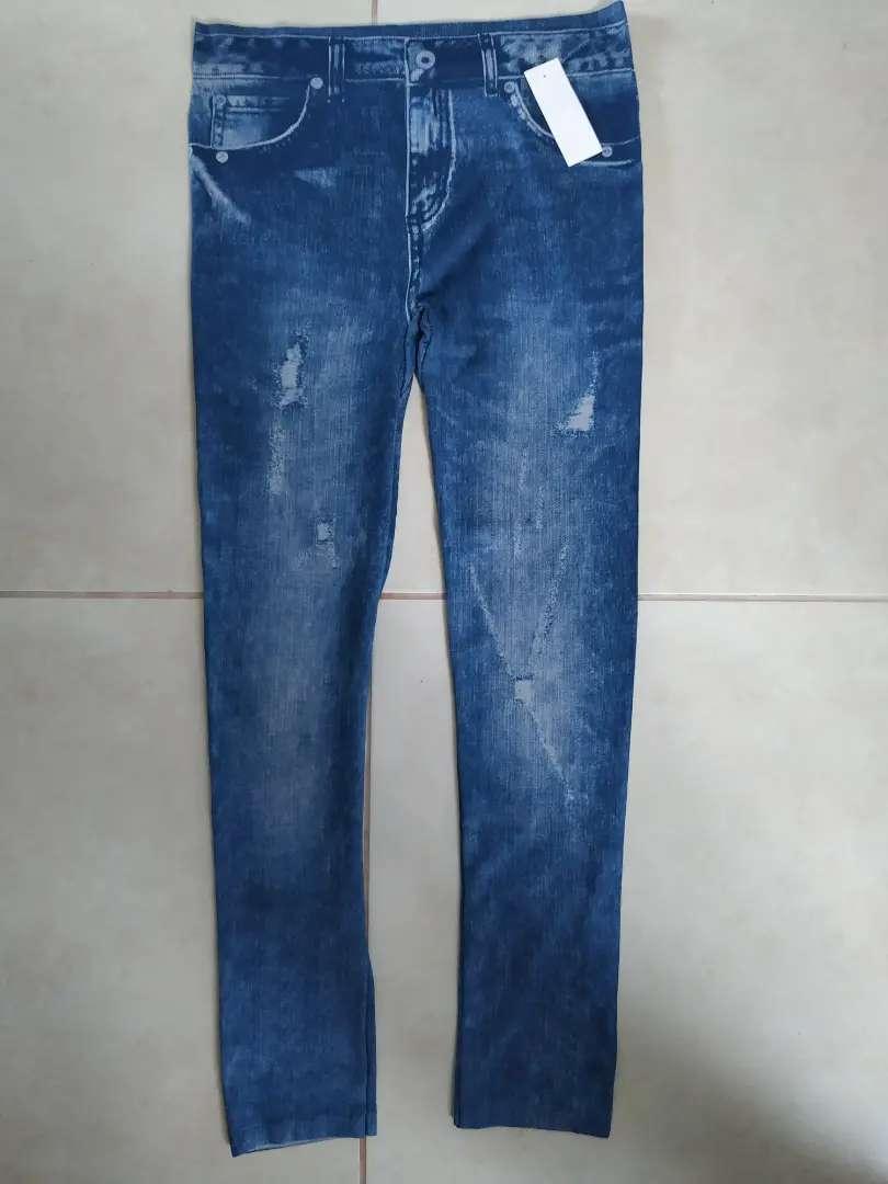 Calza Tipo Jean. 0