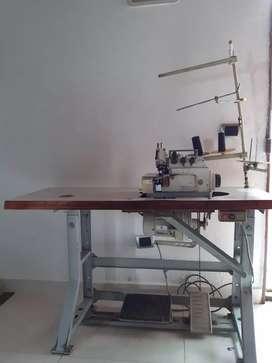 Máquina fileteadora industrial. 550