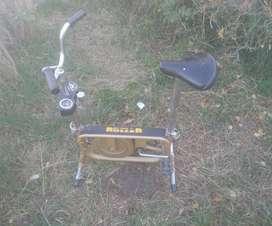 Bicicleta Fija Roller de Gran calidad y robustez - Regulable - $1900
