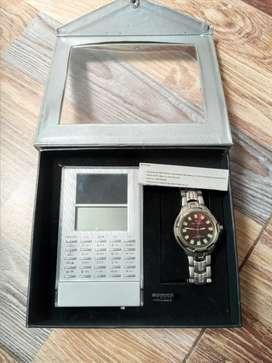 Calculadora + reloj elegante
