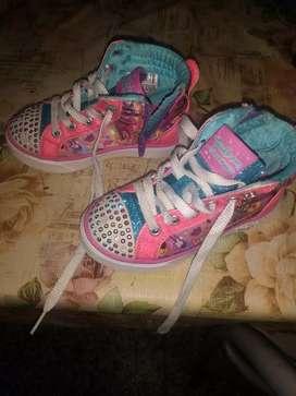 5 zapatillas para  niñas