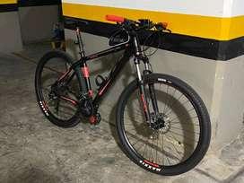 Bicicleta MBT aluminio y carbono