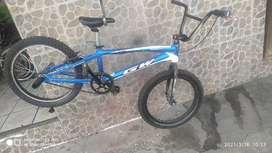 Bicicleta gw pro