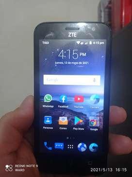Celular ZTE en buen estado buen funcionamiento libre con cualquier operador