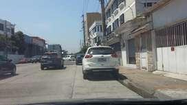 3 locales en renta en Kennedy norte, Avenida Miguel H. Alcivar
