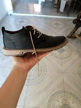 Zapatos velez ( formales ).