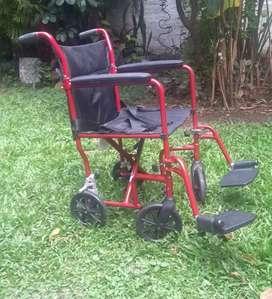 Vendo silla de ruedas marca drive en perfecto estado