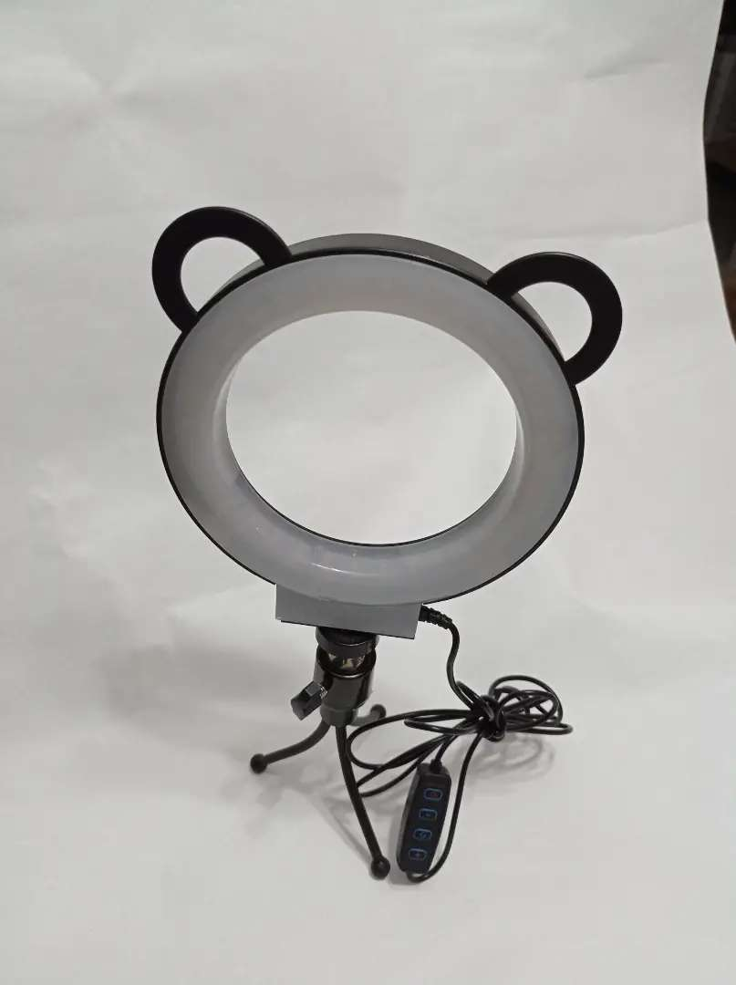 Aro De Luz Led Flash 15 Cm Fotografía Selfie Con Trípode y control de Luz para diferentes tonalidades 0
