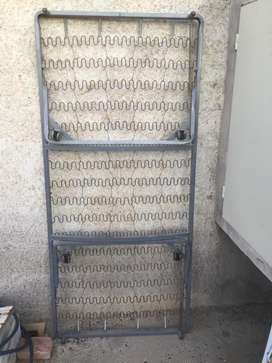 Cama marinera metalica con ruedas, entra abajo de cualquier cama de una plaza