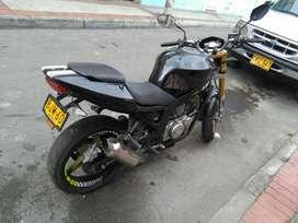 Se Vende Moto Um 250